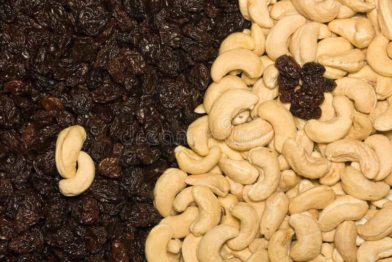 Cashew And Black Raisins Royalty Free Stock Photos