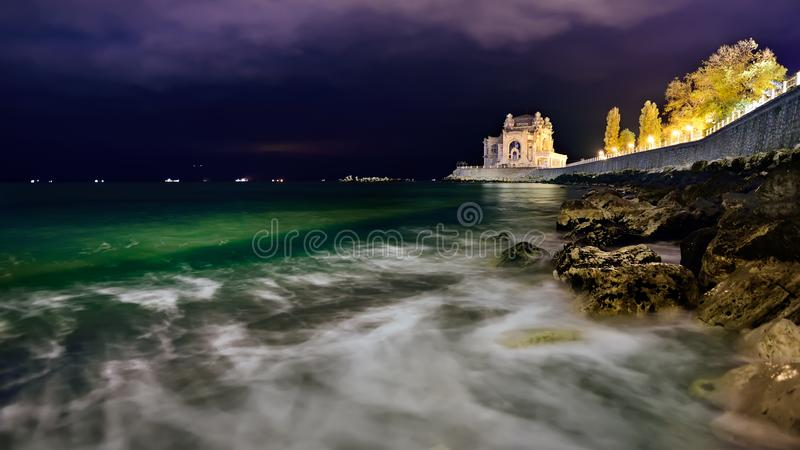 Casino de Constanta costa em Romênia, o Mar Negro fotografia de stock royalty free