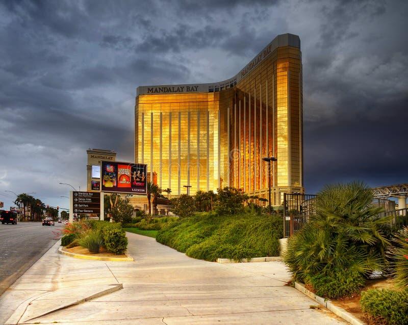 Casino de station de vacances de baie de Las Vegas, Mandalay de tour de gratte-ciel photographie stock