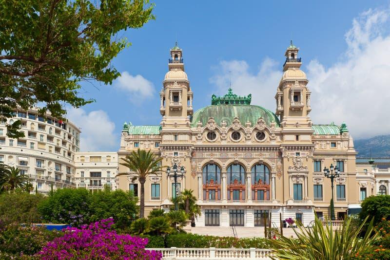 Casino et théatre de l'opéra à Monte Carlo. photos libres de droits
