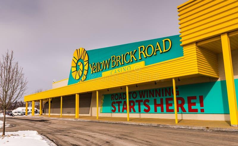 - Casino jaune de route de brique - Chittenango extérieur, New York photos stock