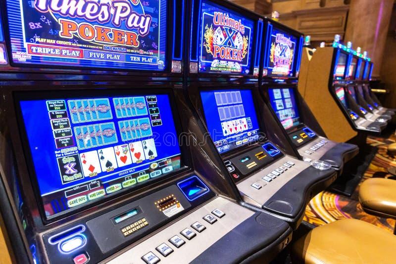 Apollo Slots Casino 2021 🤑 R250 No Deposit Bonus Casino