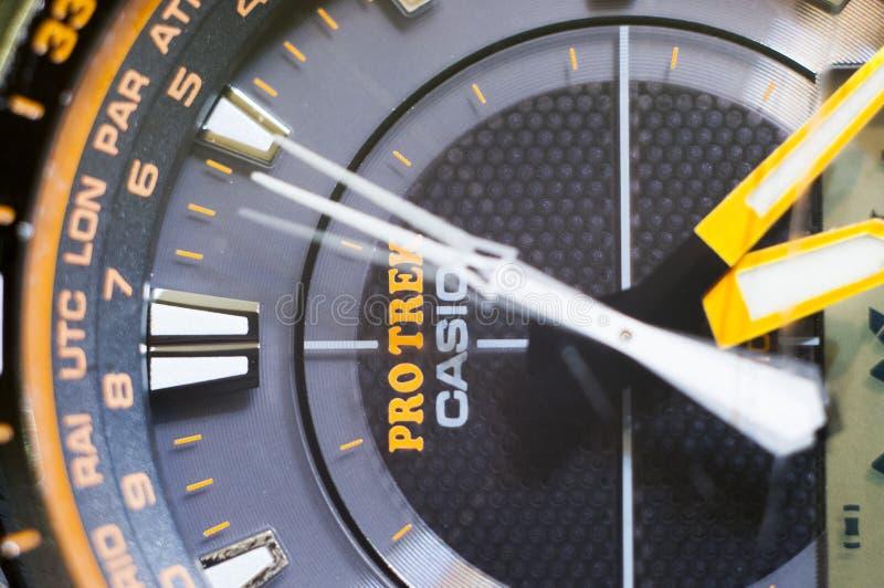 Casio Protrek PRG 510GB schließen oben mit Bewegung der Sekundenhand stockbilder