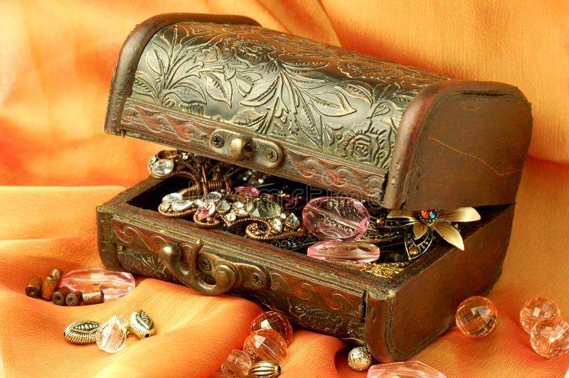 Casket. With jewels and pearls stock photography