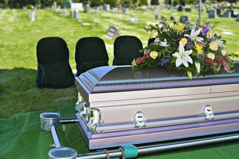 casketbegravning royaltyfria foton