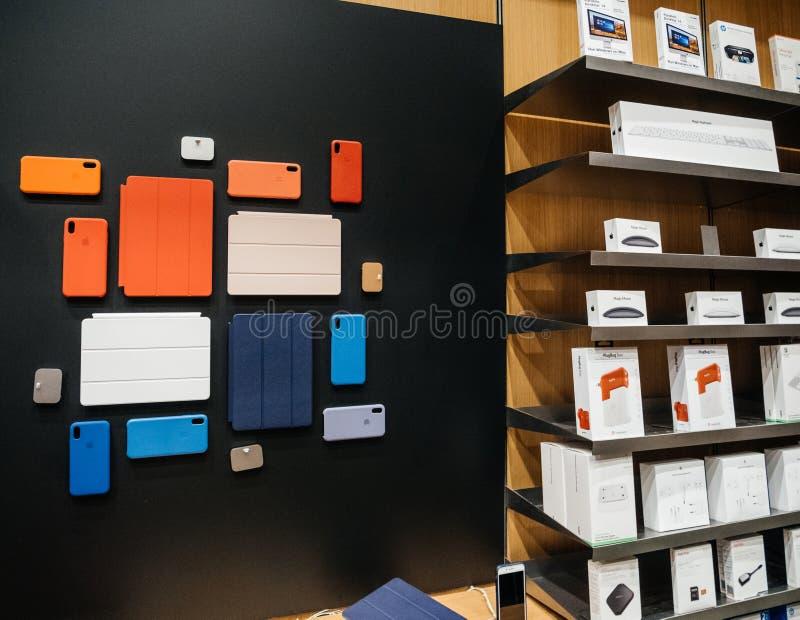 Caso de la protección de los Apple Computer para el iPad favorable, iWatch de Apple, iPho imagen de archivo