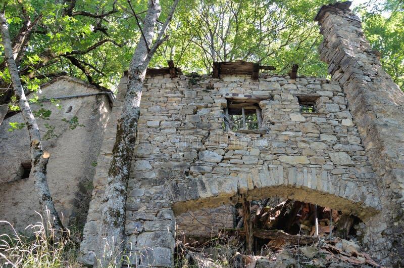 Casoni-Geisterstadt verlassen stockbilder