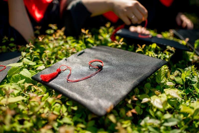Casquillo de la graduación fotos de archivo