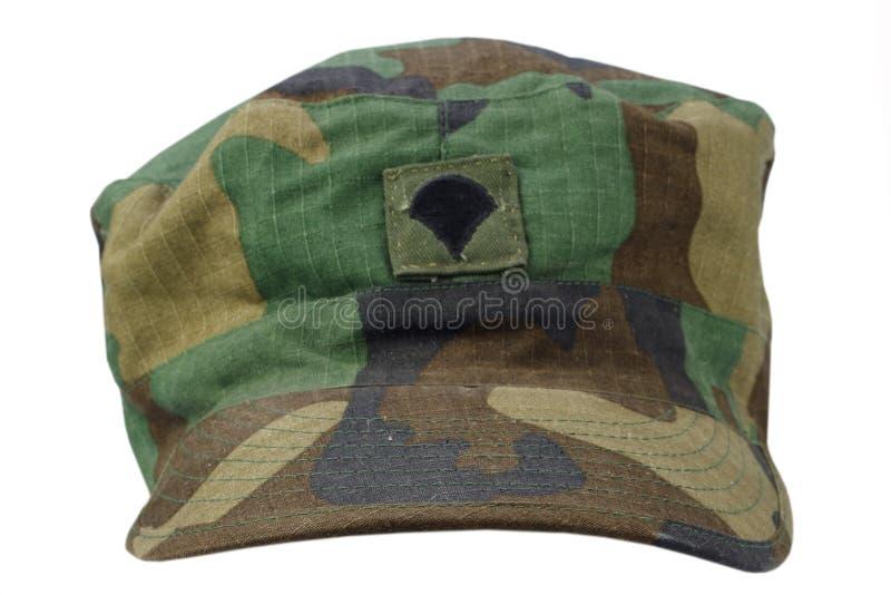 casquillo de la patrulla del Ejército de los EE. UU. en un blanco foto de archivo libre de regalías
