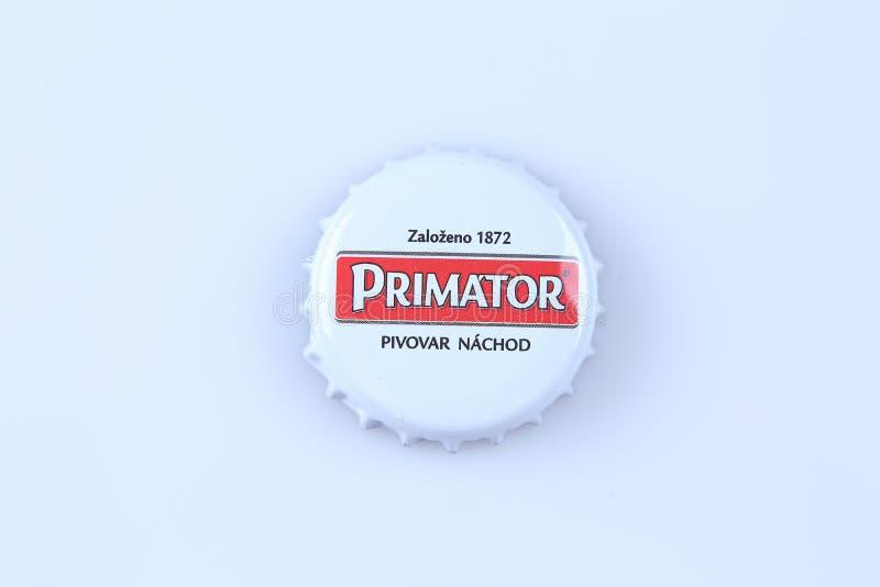 Casquillos de la cerveza y de la bebida imagen de archivo libre de regalías