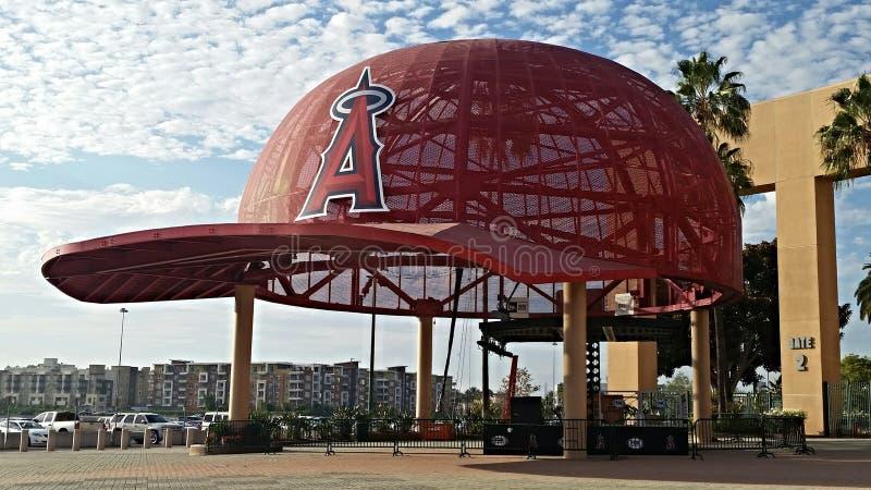 Casquillos del gigante de Los Ángeles Angel Stadium foto de archivo