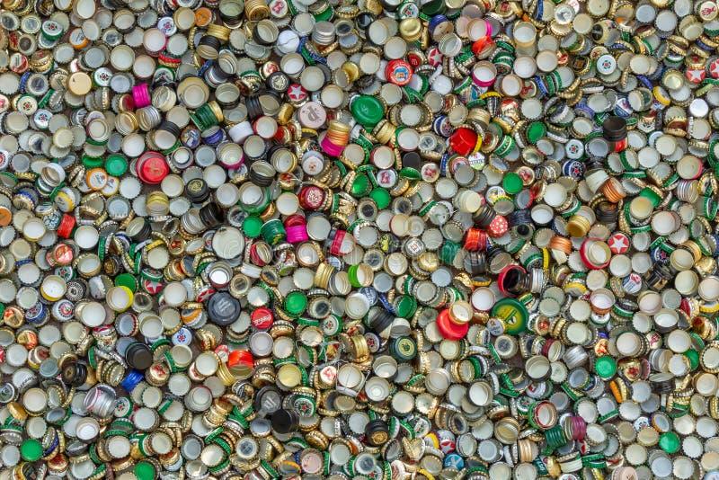 Casquillos del metal Reciclaje, ambiente, ecología imagen de archivo libre de regalías