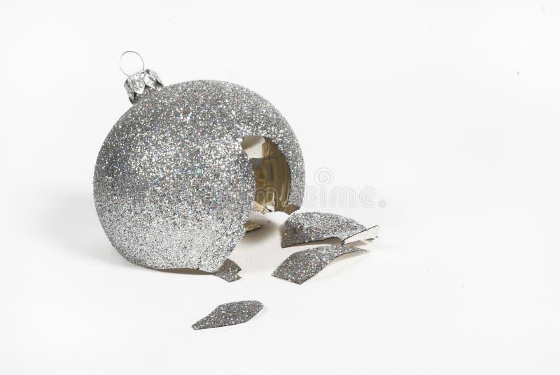 A cassé la bille de Noël images libres de droits