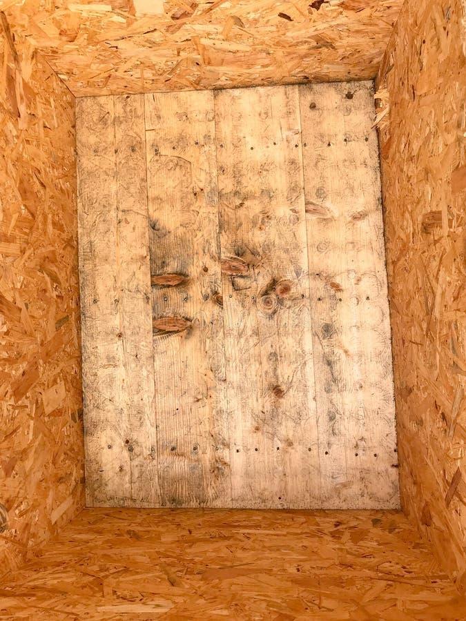 Cassa vuota della scatola di legno fotografie stock libere da diritti