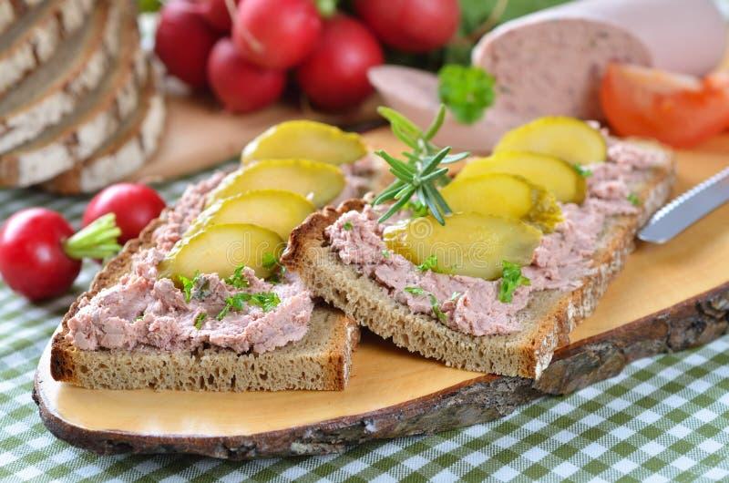 Casse-croûte de pâté de foie image stock