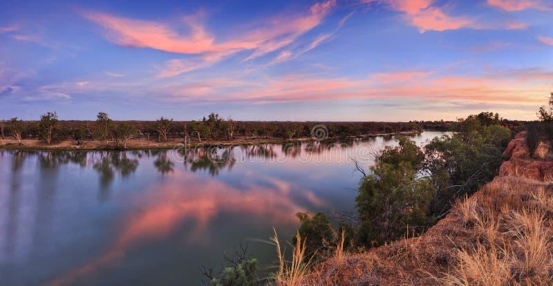 Casserole de coucher du soleil de VIC Murray Cliffs photos stock