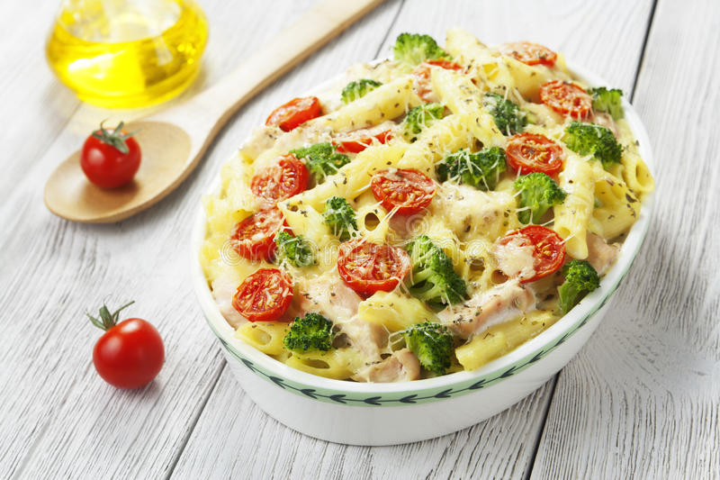 Casserole pasta with chicken and broccoli royalty free stock photos