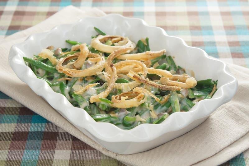 Casseruola tradizionale del fagiolo verde fotografia stock