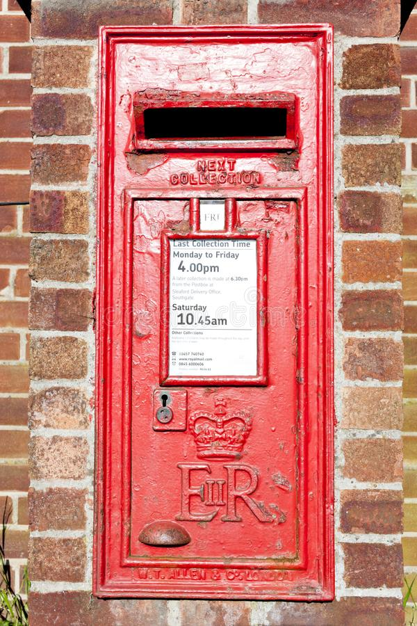 cassetta della posta, Heckington, East Midlands, Inghilterra fotografie stock libere da diritti