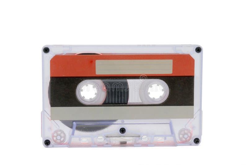 Cassette audio compatte per la registrazione magnetica su un fondo bianco Cassettte compatto immagini stock