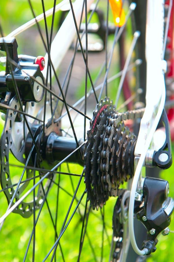 Cassette trasero de la bici que compite con imagen de archivo