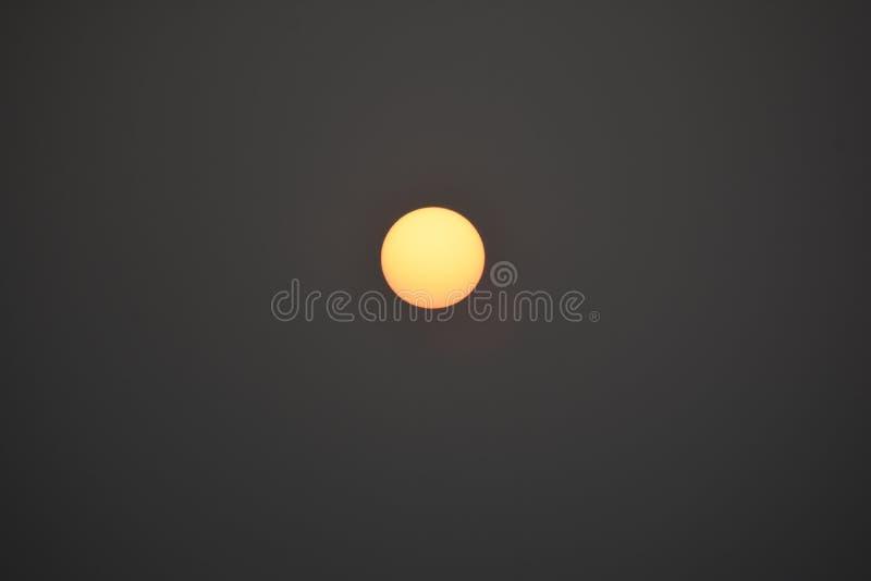 Cassez de Soleil Levant cliqué sur dans l'heure d'or images stock
