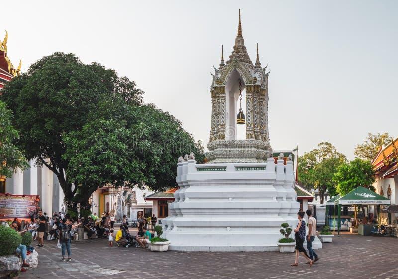 Cassical thailändsk arkitektur i Wat Pho den offentliga templet i Bangkok, Thailand royaltyfria bilder
