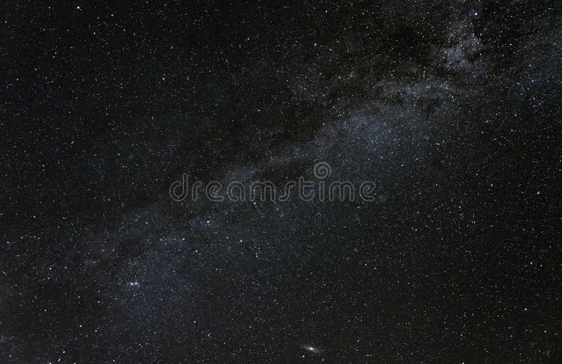 Cassiopeia et la galaxie de manière laiteuse images stock
