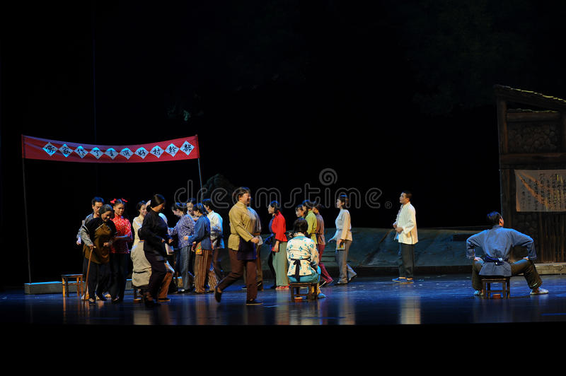 Cast beans elected mayor- Jiangxi opera a steelyard. Jiangxi opera a steelyard is adapted from a true story: the last century fortys, the protagonists father royalty free stock images