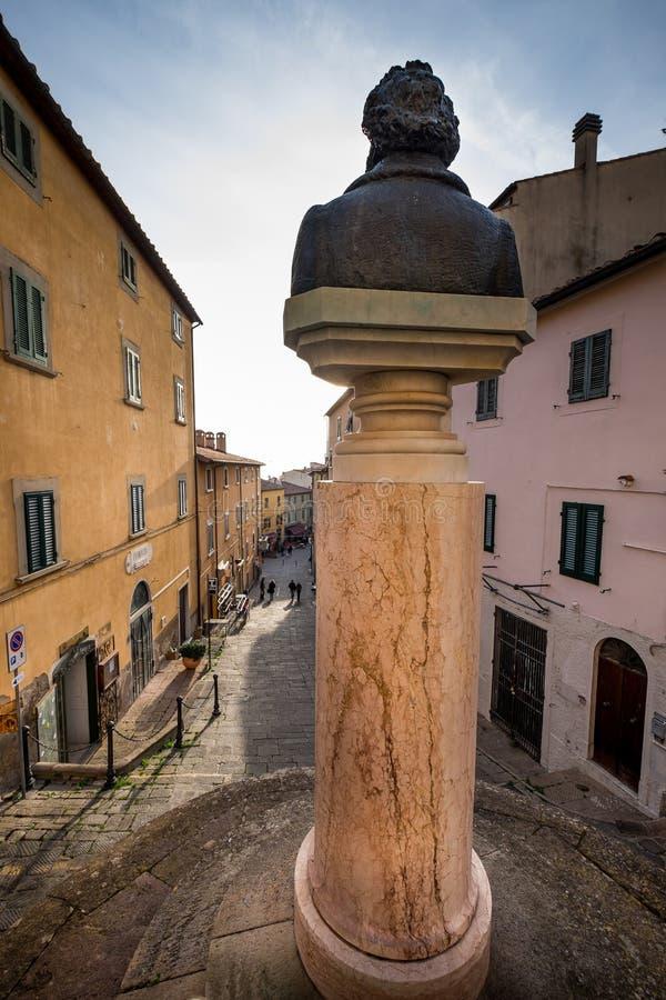Castagneto Carducci, Leghorn, Włochy - główna ulica Guglielmo zdjęcia stock