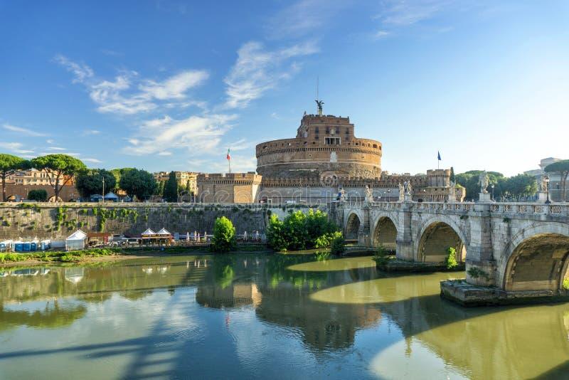 Castel e Ponte Sant Angelo foto de stock