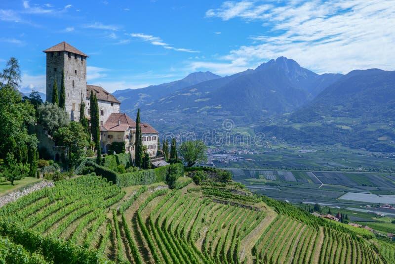 Castel Lebenberg nahe Merano in Süd-Tirol, Italien stockfotografie