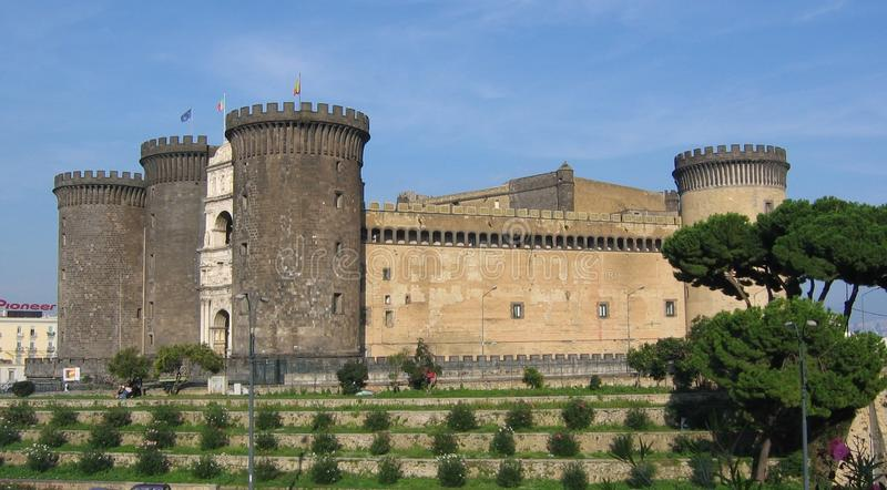 Castel Nuovo, ή επίσης αρσενικό Angioino, ένας ιστορικός μεσαιωνικός και κάστρο αναγέννησης στη Νάπολη, Ιταλία στοκ φωτογραφίες