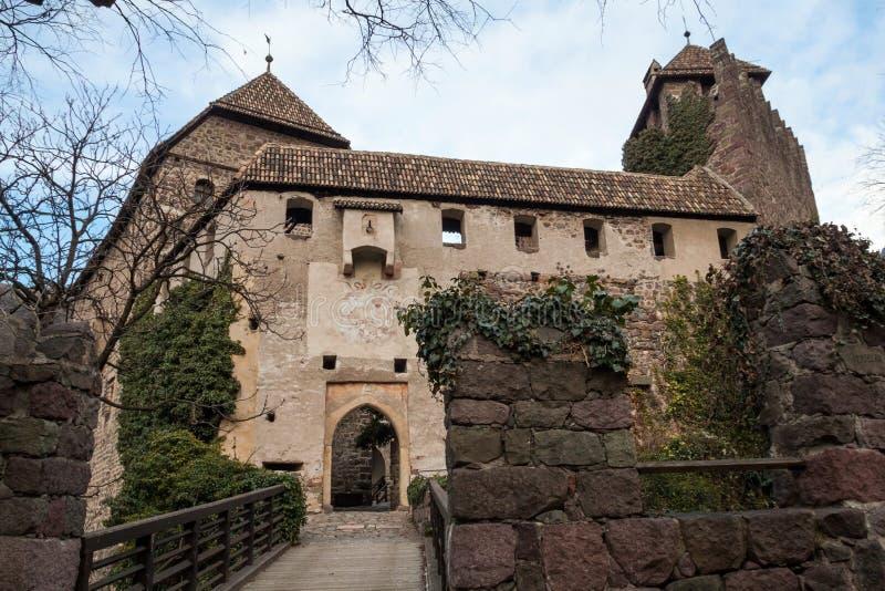 Download Castel Roncolo zdjęcie stock. Obraz złożonej z journeyer - 28951612