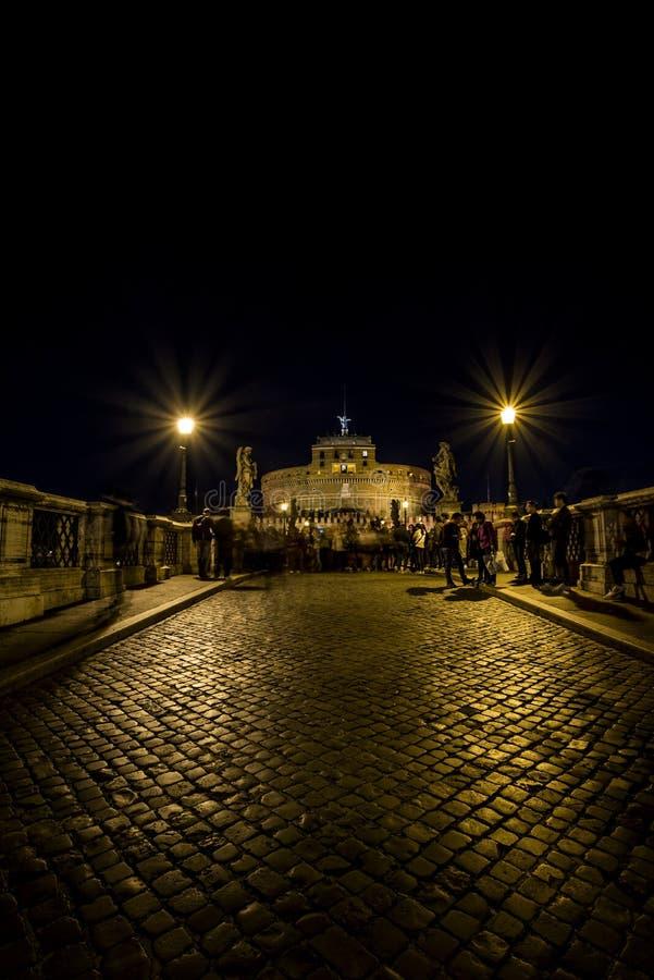 Castel 's nachts Sant'Angelo stock afbeelding