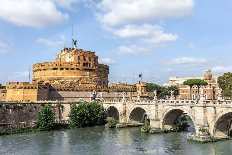 Castel Sant 'Angelo und Ponte Sant 'Angelo, Rom, Italien lizenzfreie stockbilder