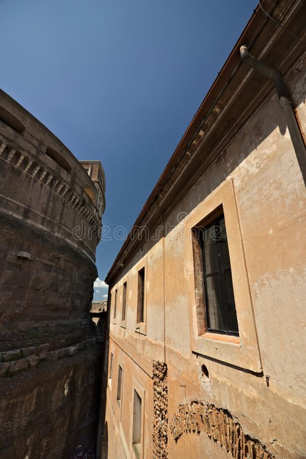 Castel Sant 'angelo, borggård av skyttena royaltyfri fotografi