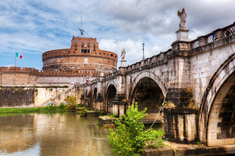 Castel sant 39 angelo roma italia fiume del tevere ed il for Europeo arredamenti mosciano sant angelo