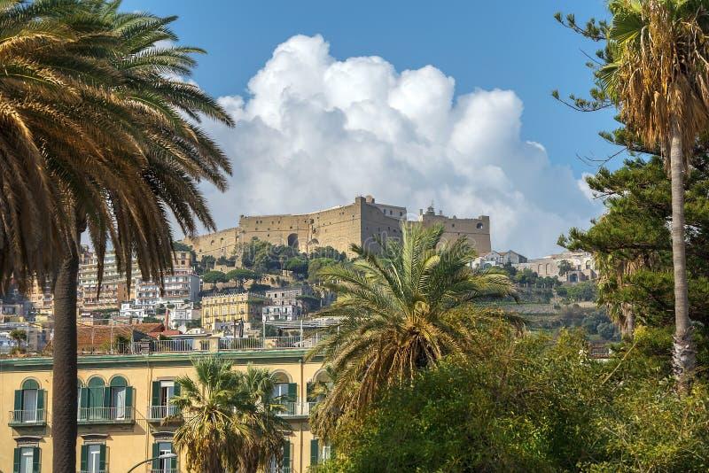 Castel Sant Elmo in Napels, Italië stock foto
