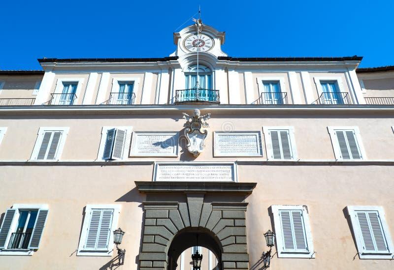 Castelgandolfo, el palacio papal fotos de archivo