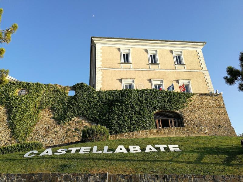 Castellabate - αβαείο Castle στοκ φωτογραφίες