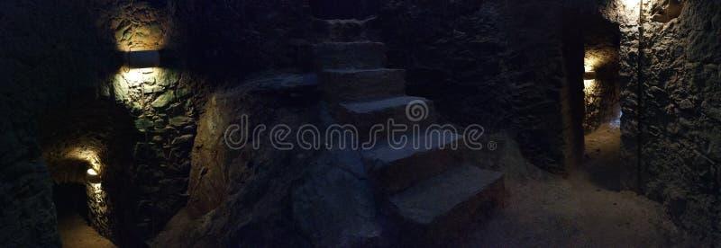Castellabate - aperçu de l'intérieur de château images stock
