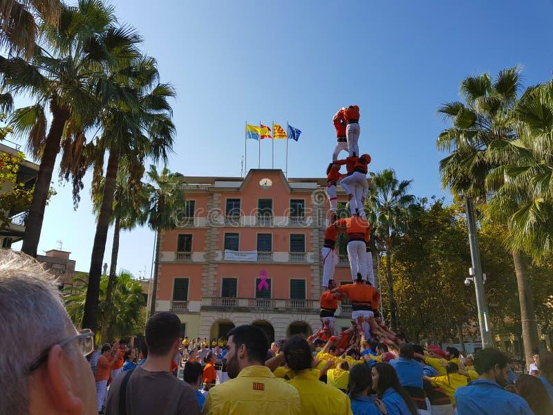 Castellers,人的塔在卡斯特利德费尔斯,西班牙 库存图片