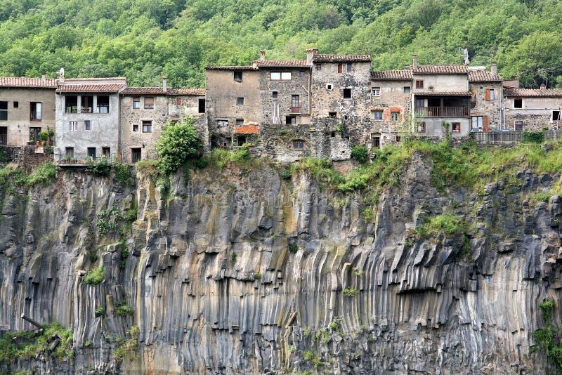 Castellfollit de la Roca immagini stock libere da diritti