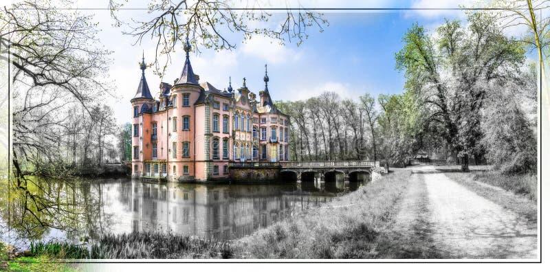 Castelli romantici di Europa Castello di Poeke nel Belgio fotografie stock libere da diritti