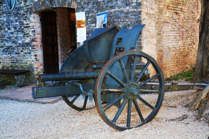 Castello大炮在科内利亚诺威尼托,意大利 免版税库存照片