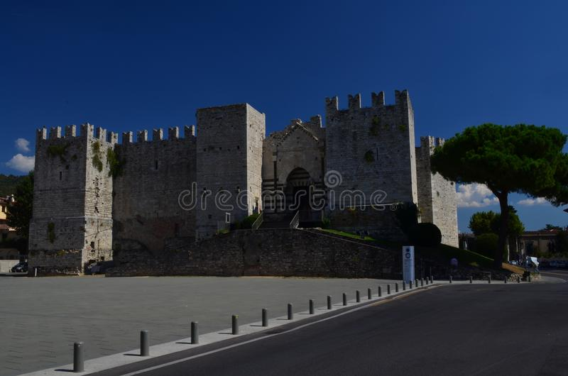 Castello小山谷` Imperatore普拉托意大利托斯卡纳 免版税库存照片