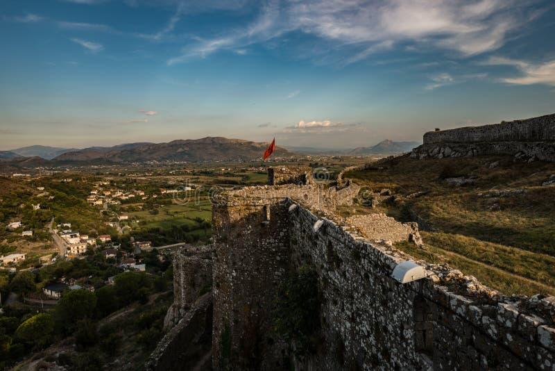 Castello al tramonto, Shkodra, Albania di Rozafa fotografie stock
