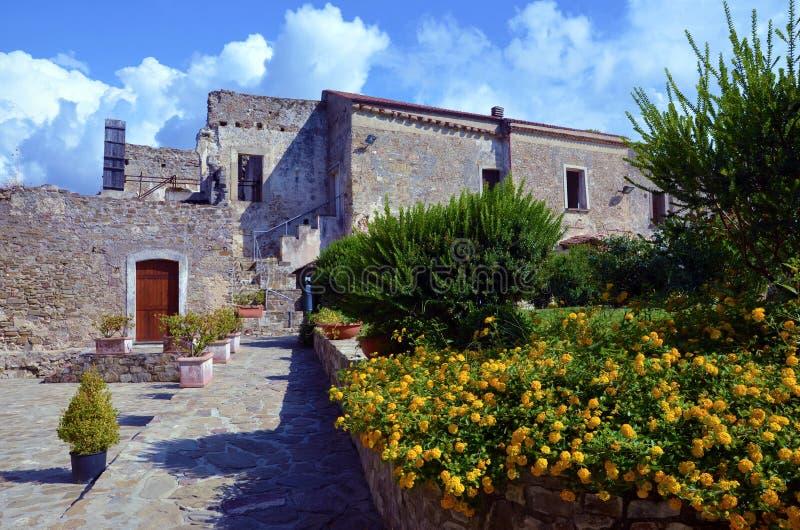 Castello aragonese di Agropoli fotografie stock