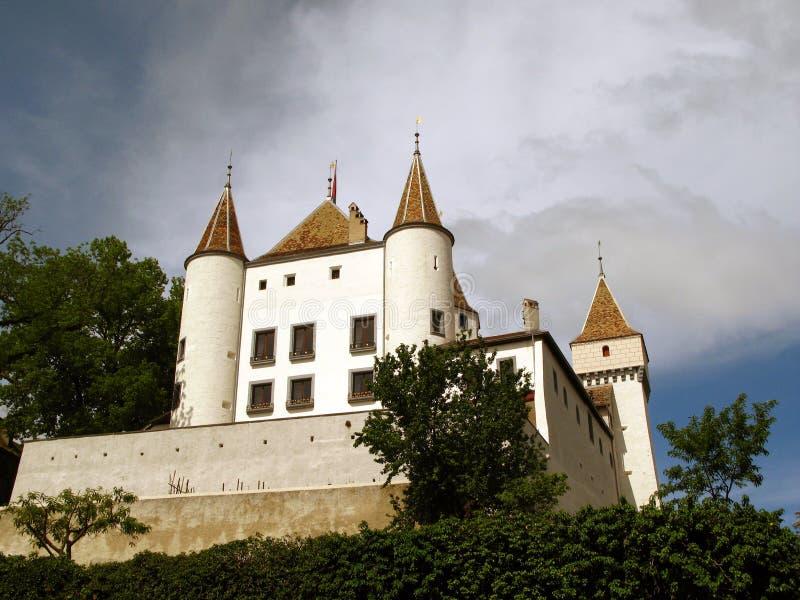 Castello bianco di Nyon, Svizzera fotografia stock libera da diritti